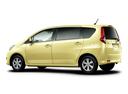 Фото авто Toyota Passo Sette 1 поколение, ракурс: 135