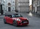 Фото авто Mini Cabrio F57, ракурс: 315 цвет: красный