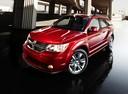 Фото авто Dodge Journey 1 поколение [рестайлинг], ракурс: 45 цвет: красный