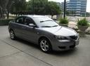 Фото авто Mazda 3 BK, ракурс: 315 цвет: серый