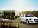 Фото авто Audi A3 8P/8PA [2-й рестайлинг], ракурс: 315 цвет: белый