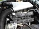 Фото авто Aston Martin Vantage 1 поколение, ракурс: двигатель
