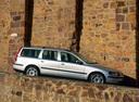Фото авто Volvo V70 2 поколение, ракурс: 270