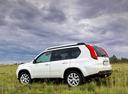 Фото авто Nissan X-Trail T31 [рестайлинг], ракурс: 90 цвет: белый