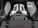 Фото авто Audi R8 1 поколение, ракурс: двигатель
