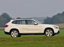 Фото авто BMW X1 E84, ракурс: 270 цвет: белый