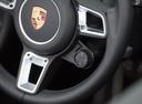 Фото авто Porsche Boxster 982, ракурс: рулевое колесо