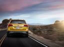 Фото авто Volkswagen Teramont 1 поколение, ракурс: 180 цвет: желтый