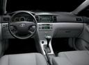 Фото авто Toyota Corolla E120, ракурс: торпедо