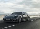 Фото авто Porsche Panamera 971, ракурс: 45 цвет: мокрый асфальт