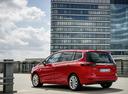 Фото авто Opel Zafira C [рестайлинг], ракурс: 135 цвет: красный