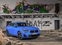 Фото авто BMW X2 F39, ракурс: 315 цвет: синий