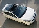 Фото авто Hyundai ix35 1 поколение [рестайлинг], ракурс: сверху цвет: белый