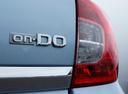 Фото авто Datsun on-DO 1 поколение, ракурс: шильдик цвет: голубой