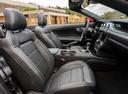 Фото авто Ford Mustang 6 поколение [рестайлинг], ракурс: салон целиком