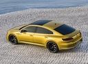 Фото авто Volkswagen Arteon 1 поколение, ракурс: сверху цвет: желтый