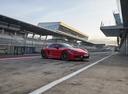 Фото авто Porsche Cayman 982, ракурс: 315 цвет: красный