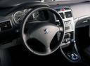 Фото авто Peugeot 307 1 поколение, ракурс: рулевое колесо