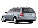 Фото авто Volkswagen Passat B5.5 [рестайлинг], ракурс: 135 цвет: серый