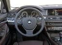 Фото авто BMW 5 серия F07/F10/F11 [рестайлинг], ракурс: рулевое колесо