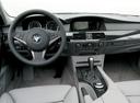 Фото авто BMW 5 серия E60/E61, ракурс: торпедо