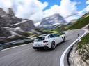 Фото авто Ferrari GTC4Lusso 1 поколение, ракурс: 225 цвет: белый