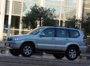 Фото авто Toyota Land Cruiser Prado J120, ракурс: 90 цвет: серебряный
