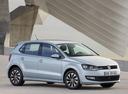 Фото авто Volkswagen Polo 5 поколение [рестайлинг], ракурс: 315 цвет: серебряный