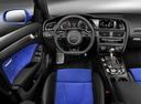 Фото авто Audi RS 4 B8, ракурс: торпедо