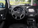 Фото авто Hyundai ix35 1 поколение [рестайлинг], ракурс: рулевое колесо