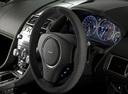 Фото авто Aston Martin Vantage 3 поколение [рестайлинг], ракурс: рулевое колесо