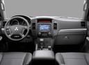 Фото авто Mitsubishi Pajero 4 поколение [рестайлинг], ракурс: торпедо