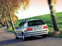 Фото авто BMW 5 серия E39, ракурс: 135 цвет: серебряный
