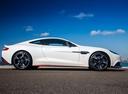 Фото авто Aston Martin Vanquish 2 поколение, ракурс: 270 цвет: белый
