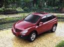 Фото авто SsangYong Actyon 1 поколение, ракурс: 45 цвет: красный