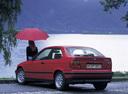 Фото авто BMW 3 серия E36, ракурс: 135 цвет: красный