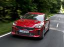 Фото авто Kia Stinger 1 поколение, ракурс: 45 цвет: красный