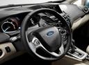 Фото авто Ford Fiesta 6 поколение [рестайлинг], ракурс: рулевое колесо