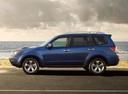 Фото авто Subaru Forester 3 поколение [рестайлинг], ракурс: 90 цвет: голубой