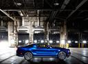 Фото авто Ford Mustang 5 поколение [рестайлинг], ракурс: 270 цвет: синий