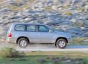 Фото авто Toyota Land Cruiser J100, ракурс: 270 цвет: серебряный