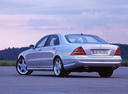 Фото авто Mercedes-Benz S-Класс W220, ракурс: 135