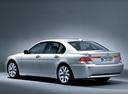 Фото авто BMW 7 серия E65/E66, ракурс: 135 цвет: серебряный