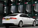 Фото авто Jaguar XF X250 [рестайлинг], ракурс: 225 цвет: белый