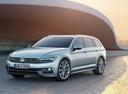 Фото авто Volkswagen Passat B8, ракурс: 45 цвет: серебряный