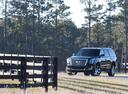 Фото авто Cadillac Escalade 4 поколение, ракурс: 45 цвет: черный