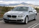Фото авто BMW 5 серия F07/F10/F11 [рестайлинг], ракурс: 45 цвет: серебряный
