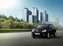 Фото авто Renault Sandero 2 поколение [рестайлинг], ракурс: 45 цвет: черный