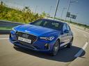 Фото авто Genesis G70 1 поколение, ракурс: 45 цвет: синий