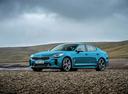 Фото авто Kia Stinger 1 поколение, ракурс: 45 цвет: голубой